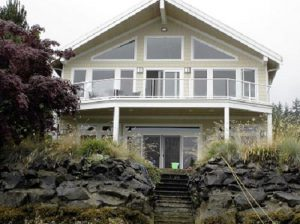 custom-home-Belfair-Washington-beach-house-