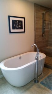 custom-home-Grapeview--Washington-soaking-tub--