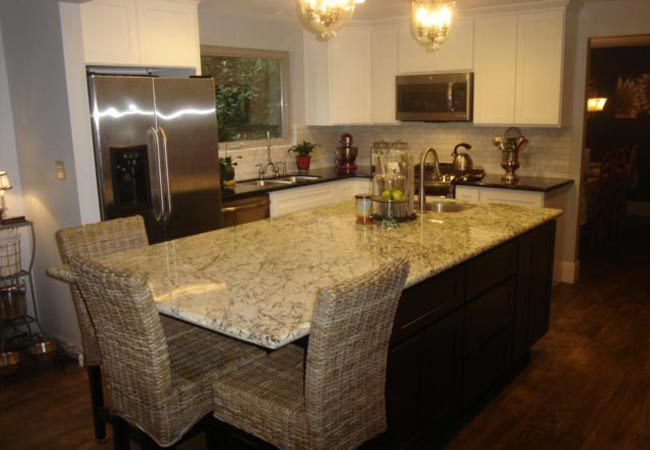 kitchen-remodel-Gig-Harbor-Washington-granite-countertops