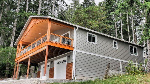 ADU Accessory Dwelling Unit with Detached Garage